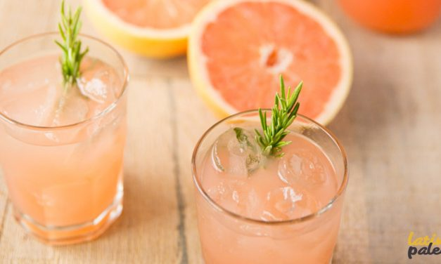 Agua saborizada de toronja (pomelo)